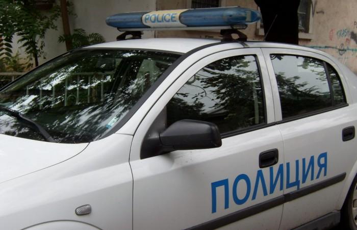 """Пешеходец бе блъснат срещу магазин """"Технополис"""""""