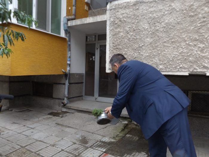 Санирането в Разград започва от две сгради в жилищните ...