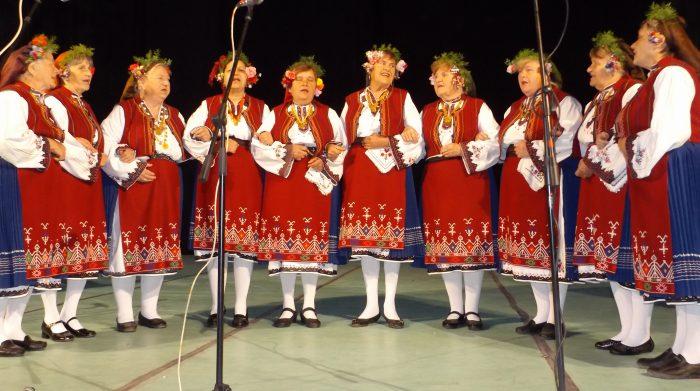 34 състава се включиха в 7-мия Областен фестивал на пенс� ...