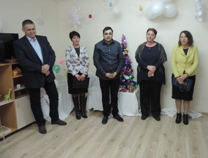Заместник- областният управител Нурие Црънгалова бе г� ...