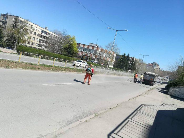 Община Разград асфалтира компрометирани участъци по п ...
