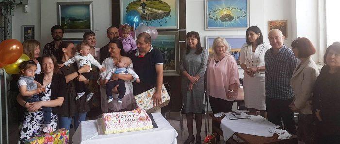 Първо парти за Деня на детето събра семейства и деца, п� ...