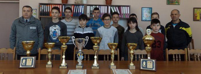 """Отборът на ОУ """"Н. Икономов"""" 14-ти от 59 отбора в ХХI � ..."""