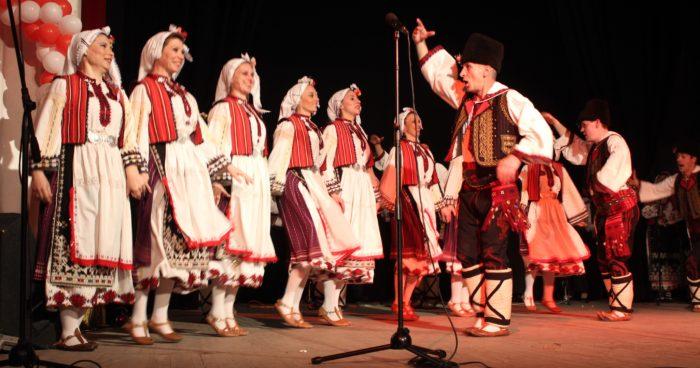 Капанският ансамбъл изнесе Коледен концерт в Свищов