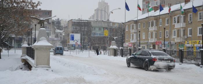 Няма затворени пътища в Разградска област, има ток и во ...
