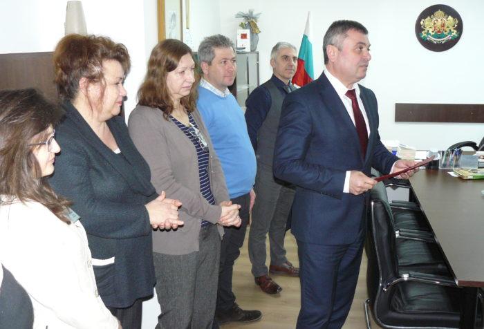 Окръжният прокурор Тихомир Тодоров е награден с отлич� ...