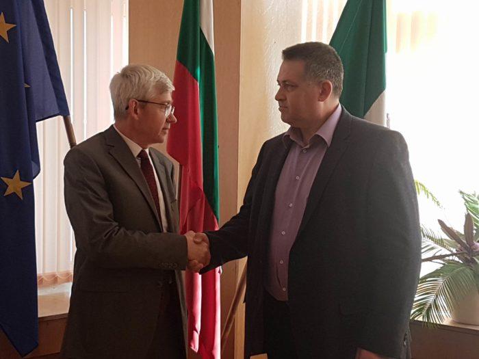 Кметът се срещна с новия генерален консул на Русия в Ру ...