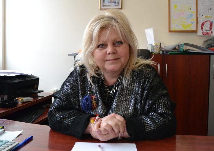 100 социално слаби лица от община Разград ще получават т ...