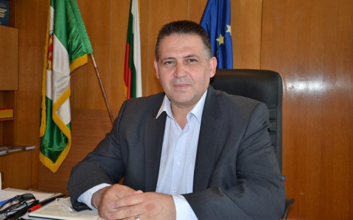 Кметът д-р В. Василев относно сигналите за отстраняван� ...
