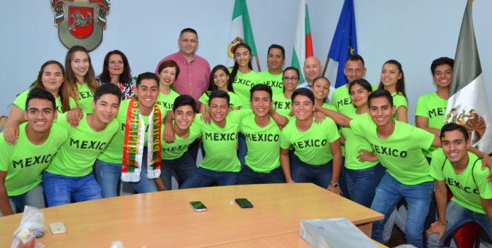 Кметът на Община Разград и екипът му се срещнаха с гост ...
