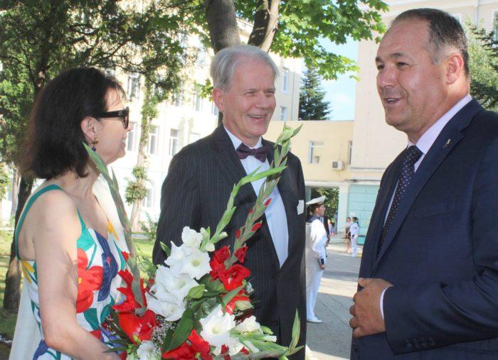 Губернаторът Гюнай Хюсмен бе гост на прием по случай Н� ...