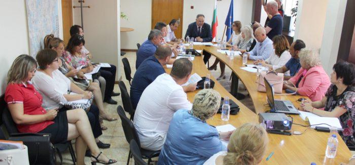 Областният управител откри обсъждането на Проекта на � ...