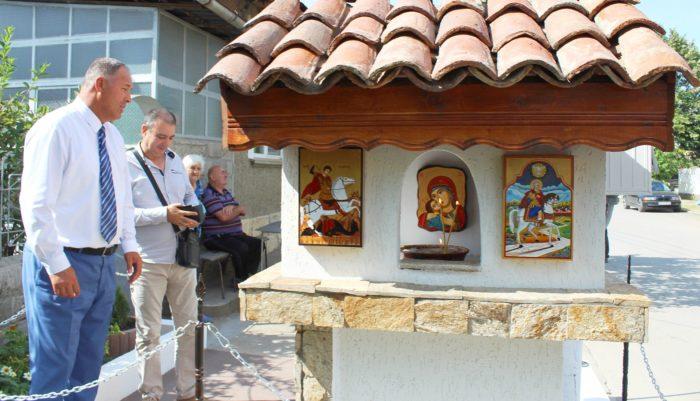 Ремонтирана джамия и новопостроен параклис посетиха о ...