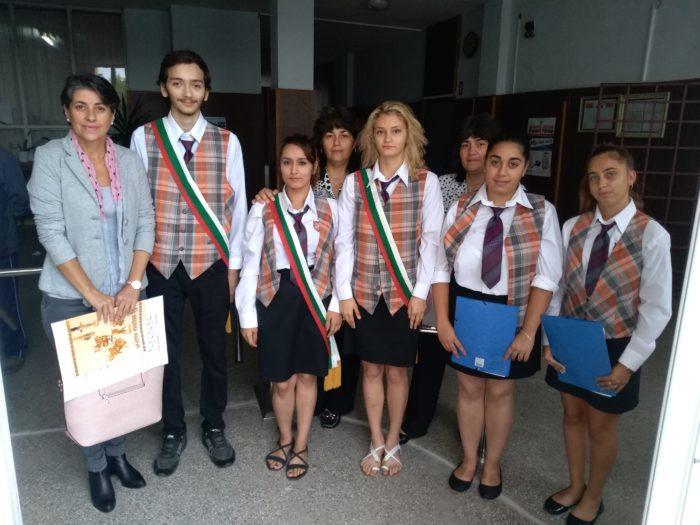 Д-р Надие Карагьозова откри новата учебна година в ПГ-К ...