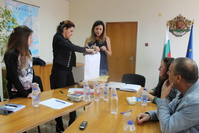 Една фирма от Търговище, две от Пловдив и две от София и ...