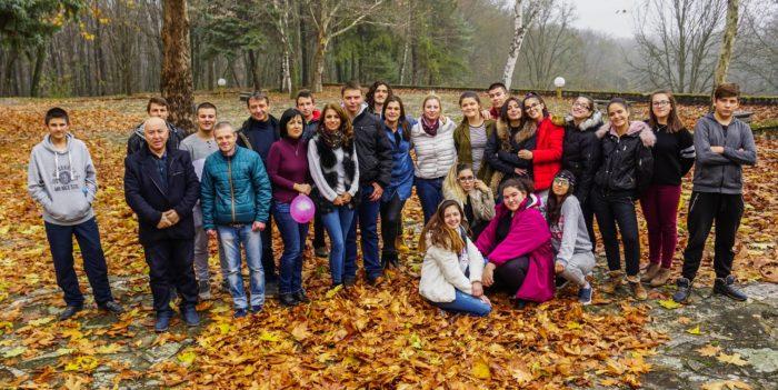 Двайсет доброволци участваха в обучителен семинар на � ...