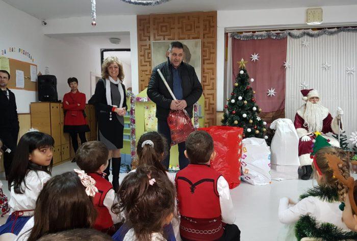 Д-р Валентин Василев и заместниците му бяха гости на но ...