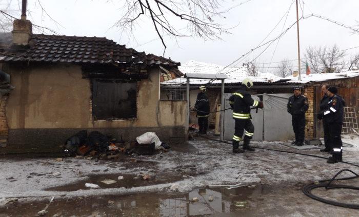 Двама пострадаха при взрив на газова бутилка в Разград ...