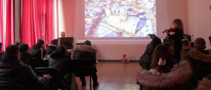 Проектът на маестро Красен Иванов и цигуларката Мила И ...