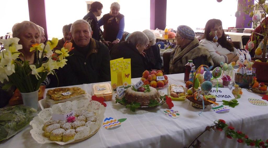 3500 лева бяха събрани от  Великденския базар  в Разград