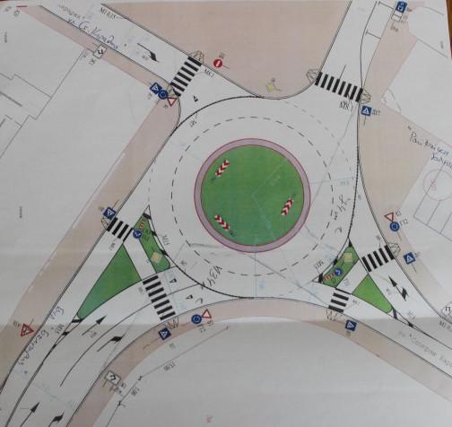 Започва изграждането на първото кръгово кръстовище в � ...