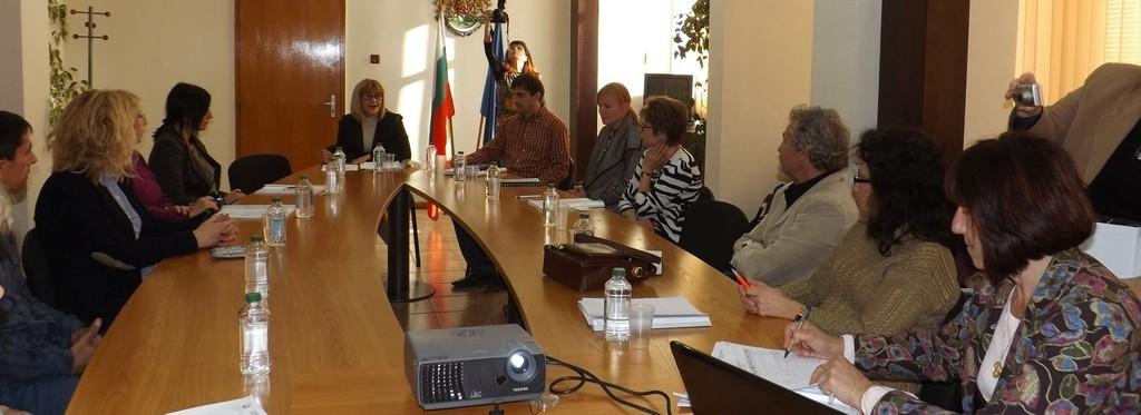 Комисия изготви и прие проекта за областна здравна кар ...