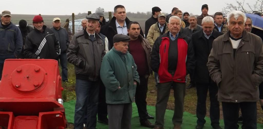Градоначалникът д-р Валентин Василев присъства на дем� ...
