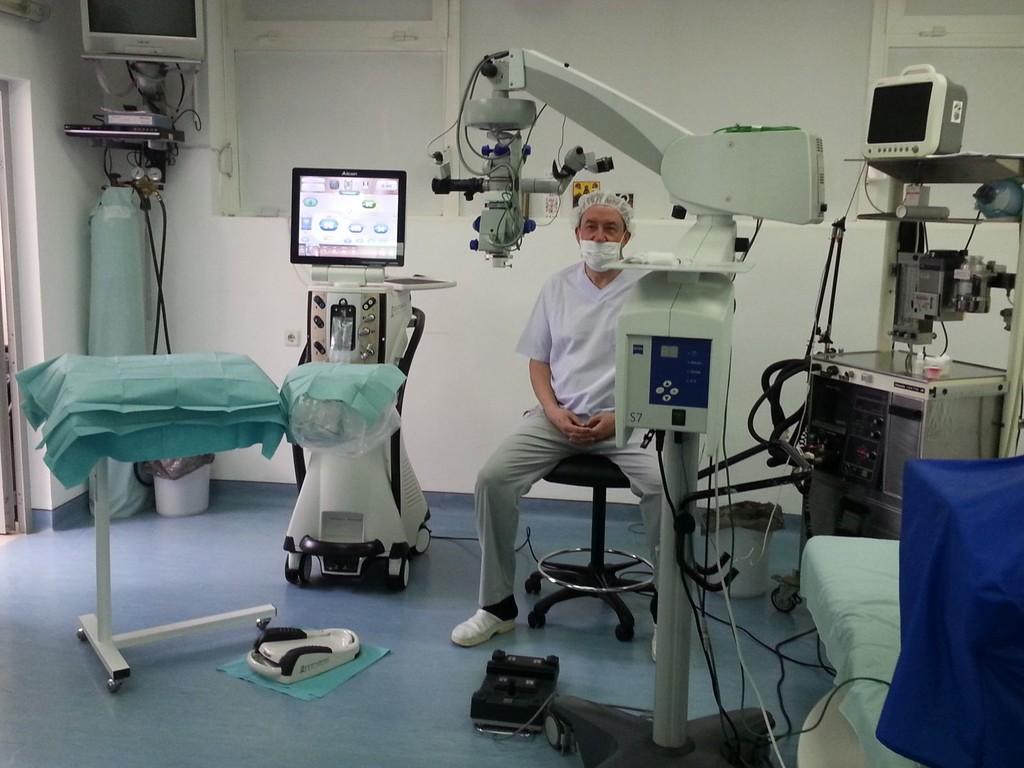 Д-р Тасков върна зрението на млада жена от Разград с по� ...