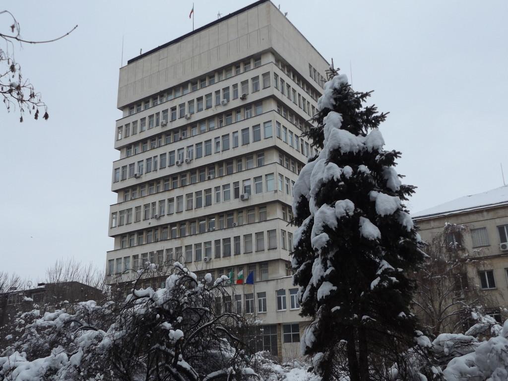 Кметът на Община Разград удължи с още един ден ваканци� ...