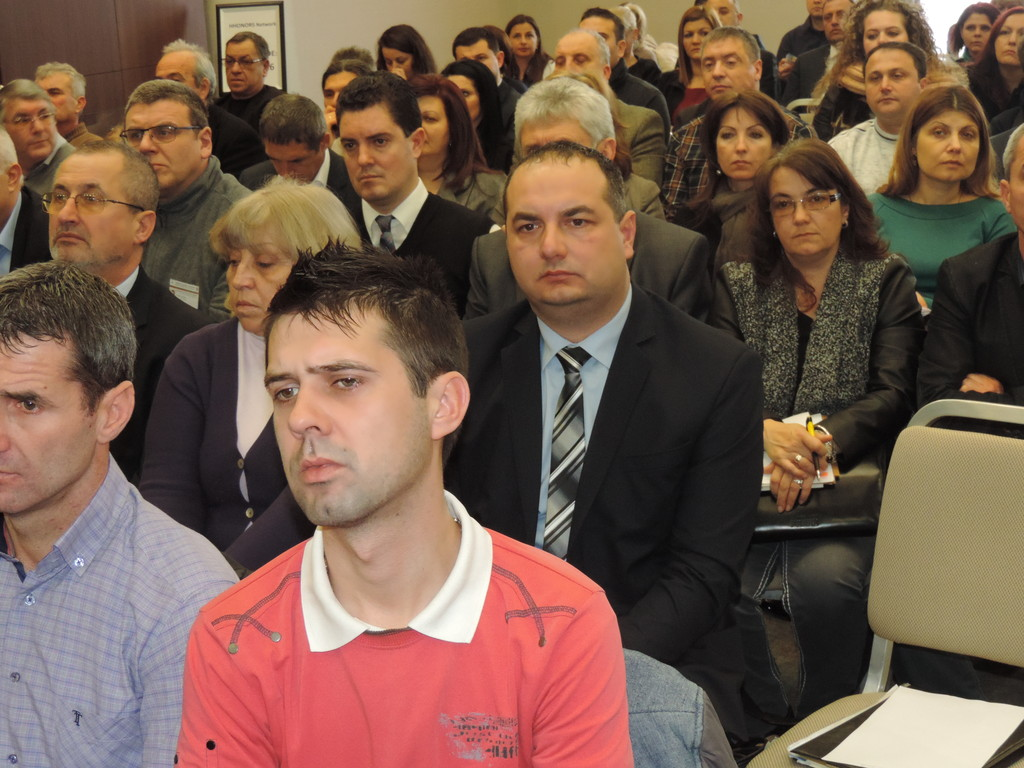 Губернаторът участва в работна среща за обсъждане на п ...