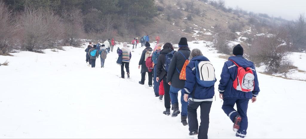 """Туристи от ТД """"Буйна гора"""" посветиха поход на Ден ..."""