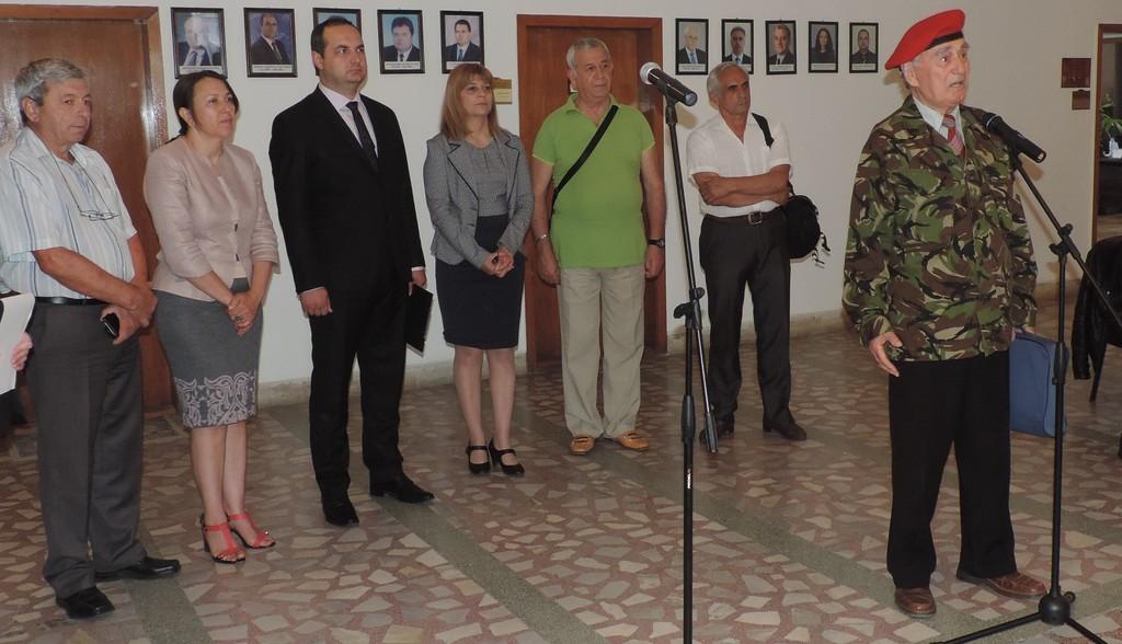 "В Деня на Ботев откриха изложба ""Военните паметници в  ..."