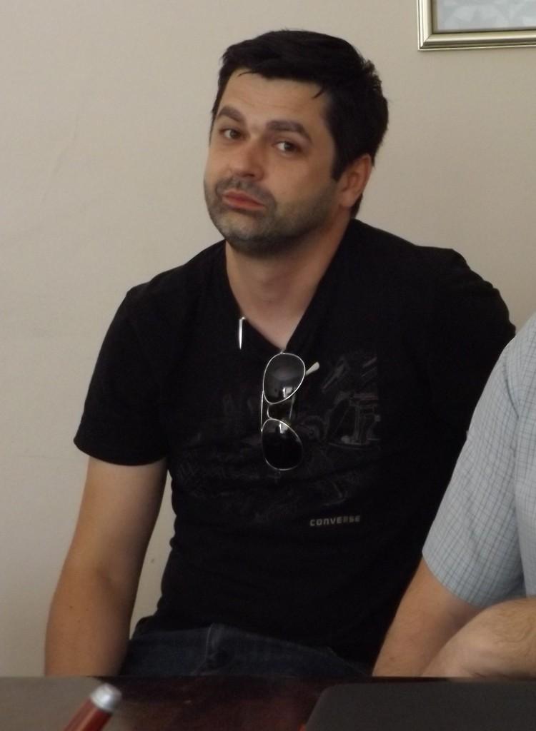 Режисьорът Богдан Петканин е новият директор на ТМЦ R ...