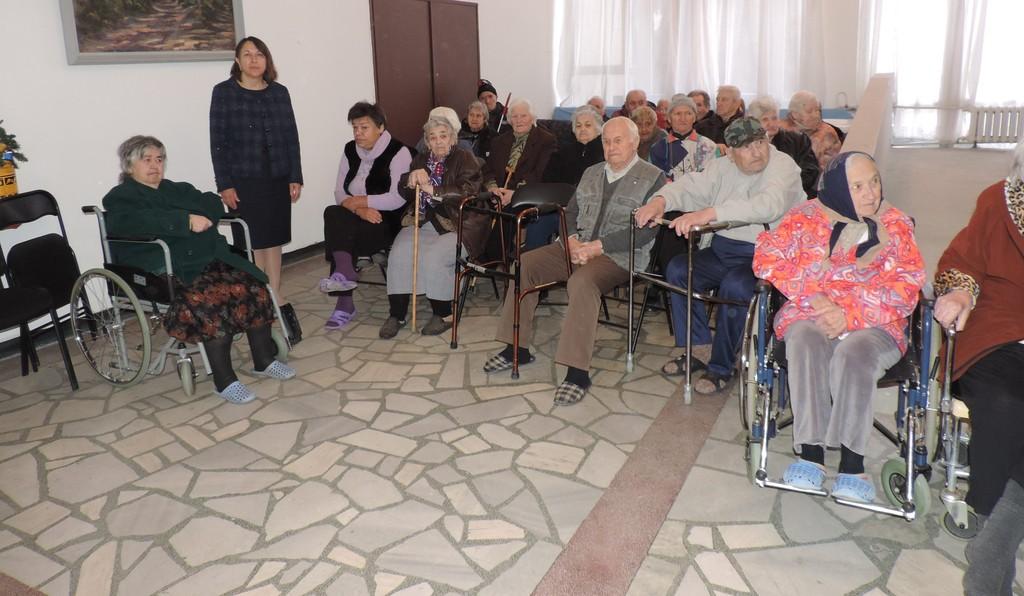 Зам.- областният управител Нурие Црънгалова бе гост на  ...