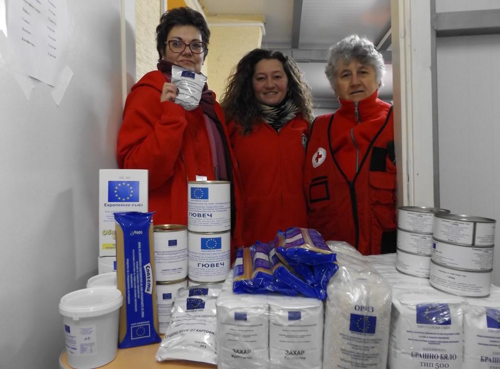 От днес до 20 март БЧК раздава хранителни помощи на най-� ...