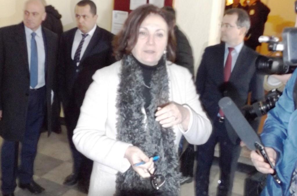 Министър Бъчварова обяви, че в Разград ще пристигнат п� ...