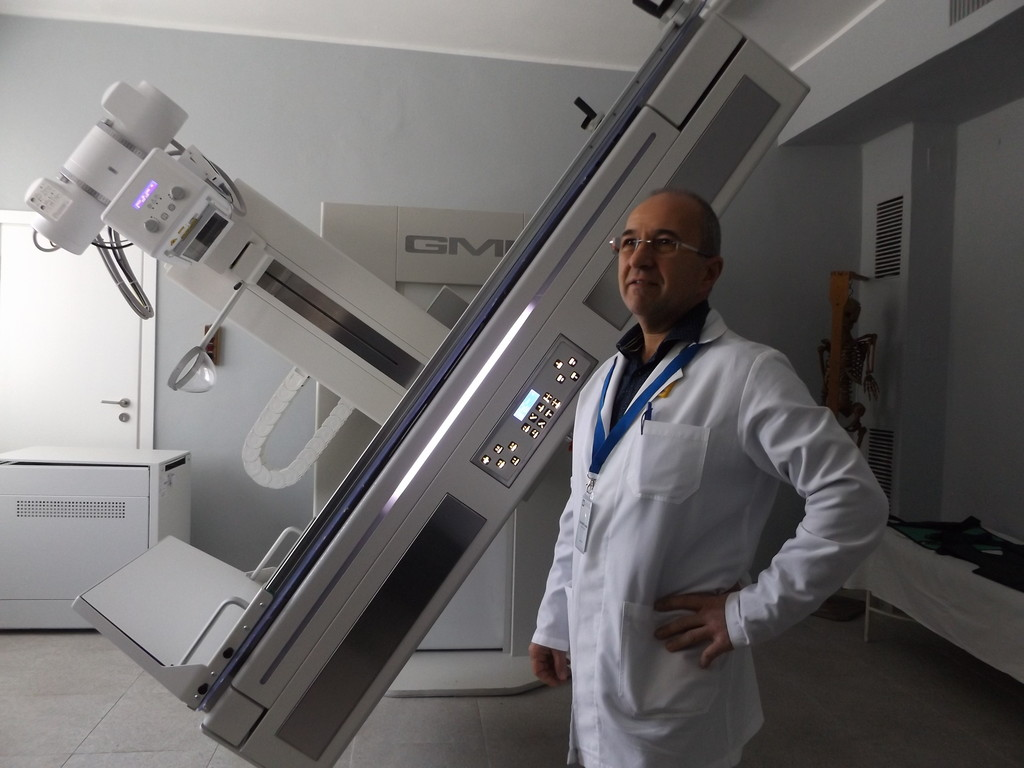 Разградската болница се сдоби с нова дигитална рентге� ...