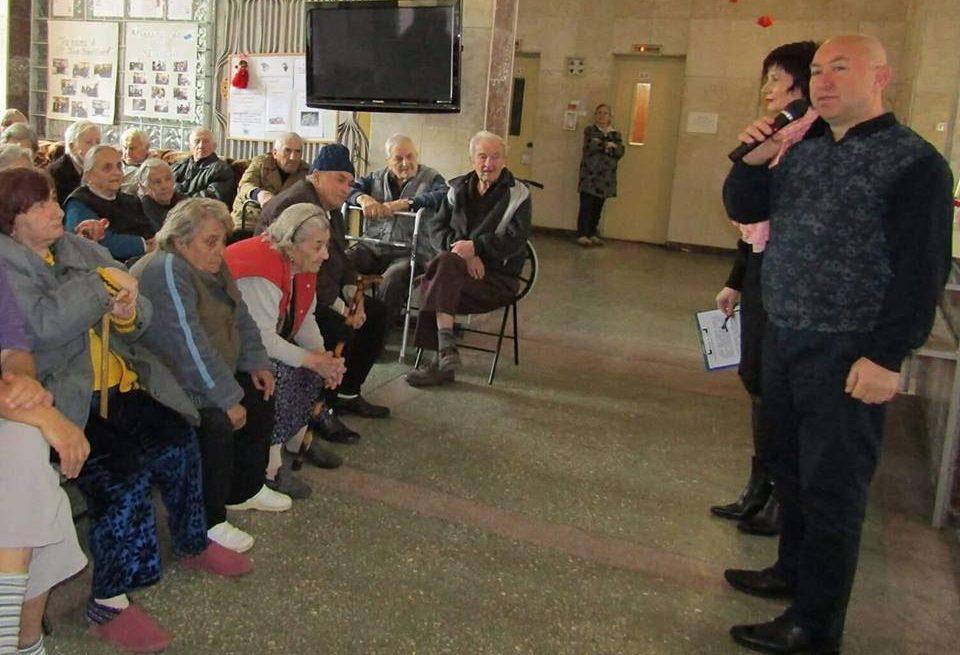 Зам.-кметът Ердинч Хасанов поздрави социалните работн� ...