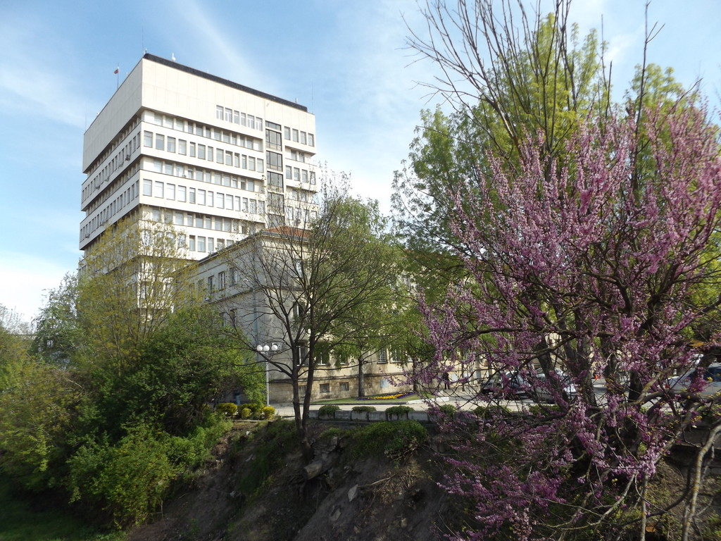 Община Разград затваря временно две улици, заради реха ...