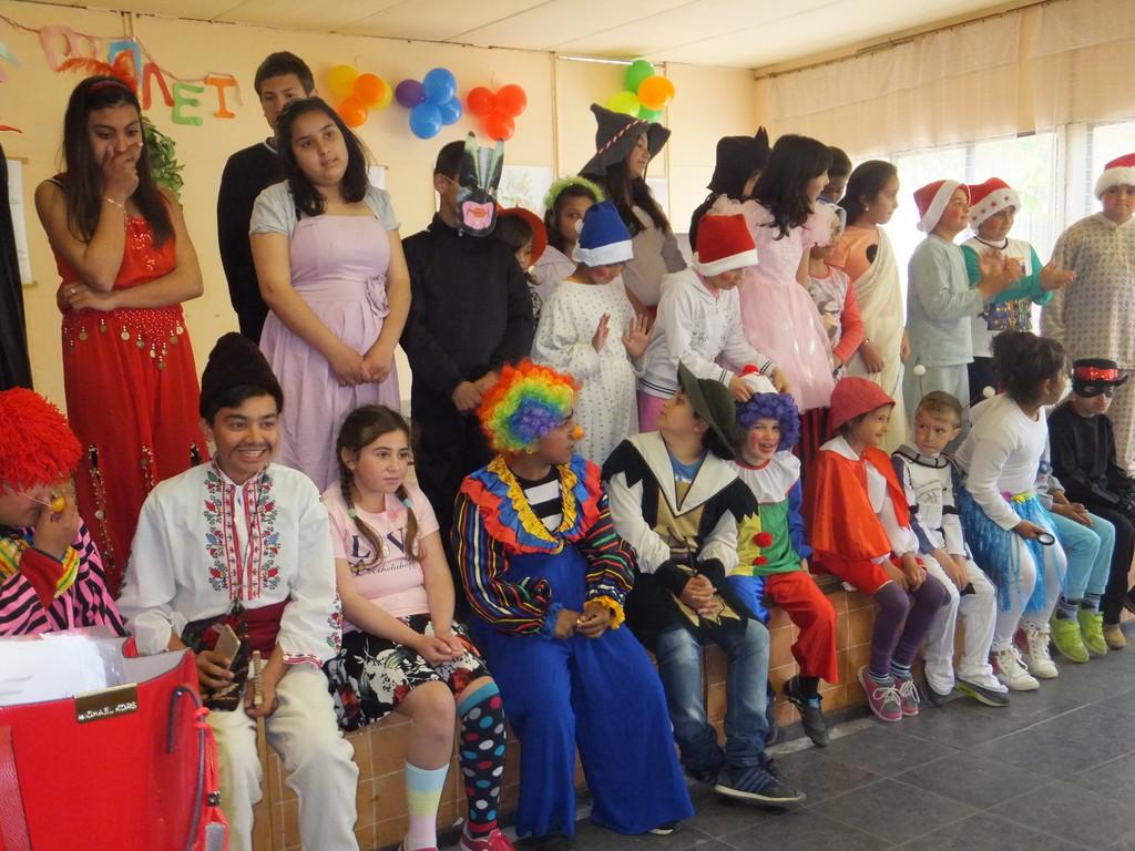 Седмицата на доброто стартира с карнавал на добрите пр ...