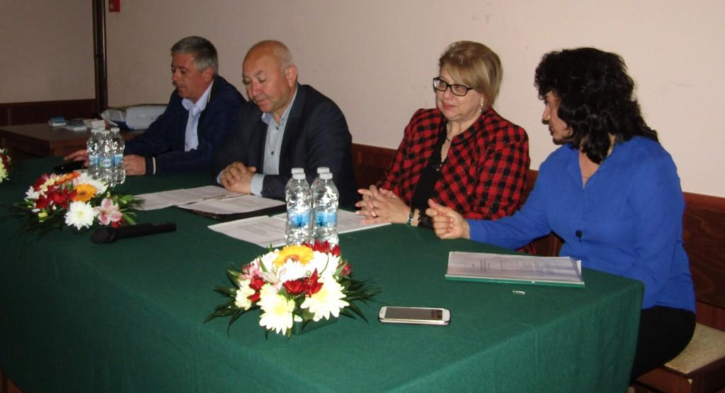 Зам.-кметът Ердинч Хасанов откри двудневен семинар за � ...