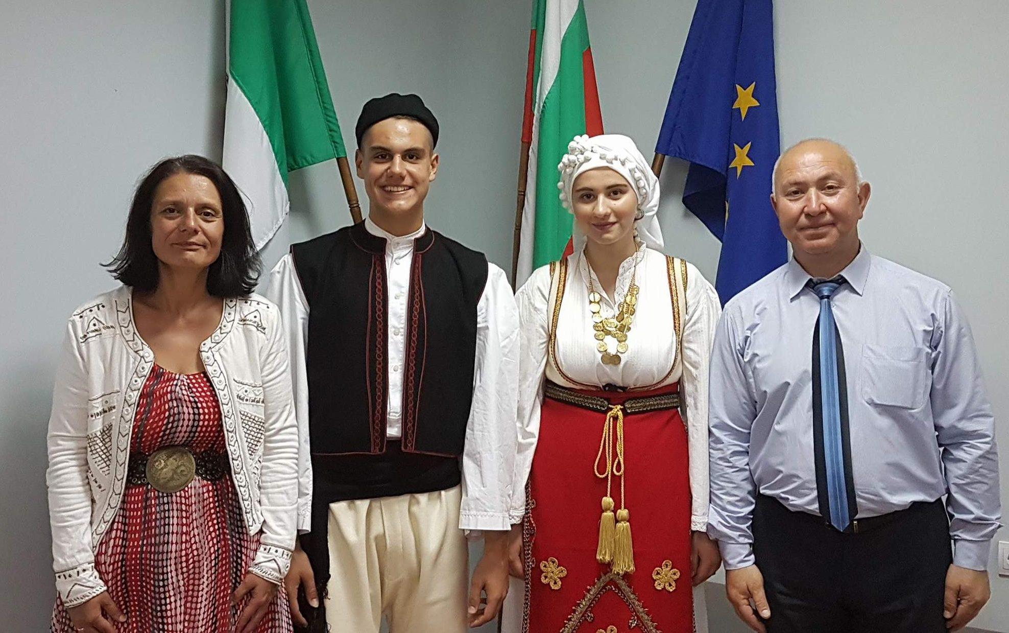 Ръководството на Община Разград се срещна с танцовите  ...