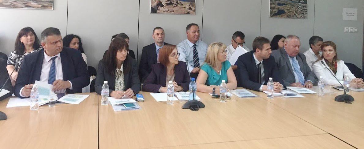 Областният управител участва в работна среща в Минист� ...
