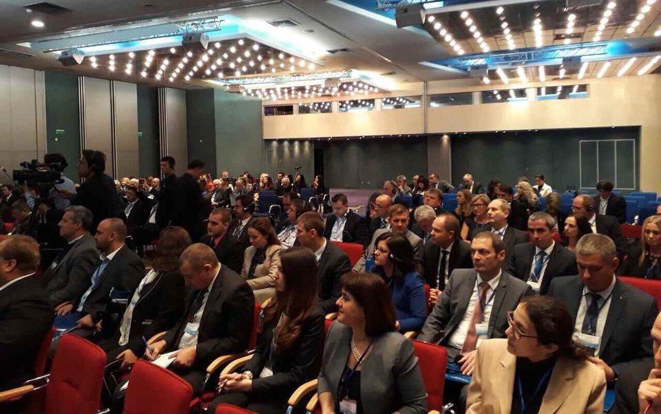 Областният управител участва във форум за сътрудничес ...