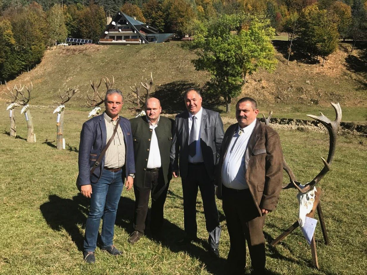 Областният управител бе гост на Преглед на ловните тро ...