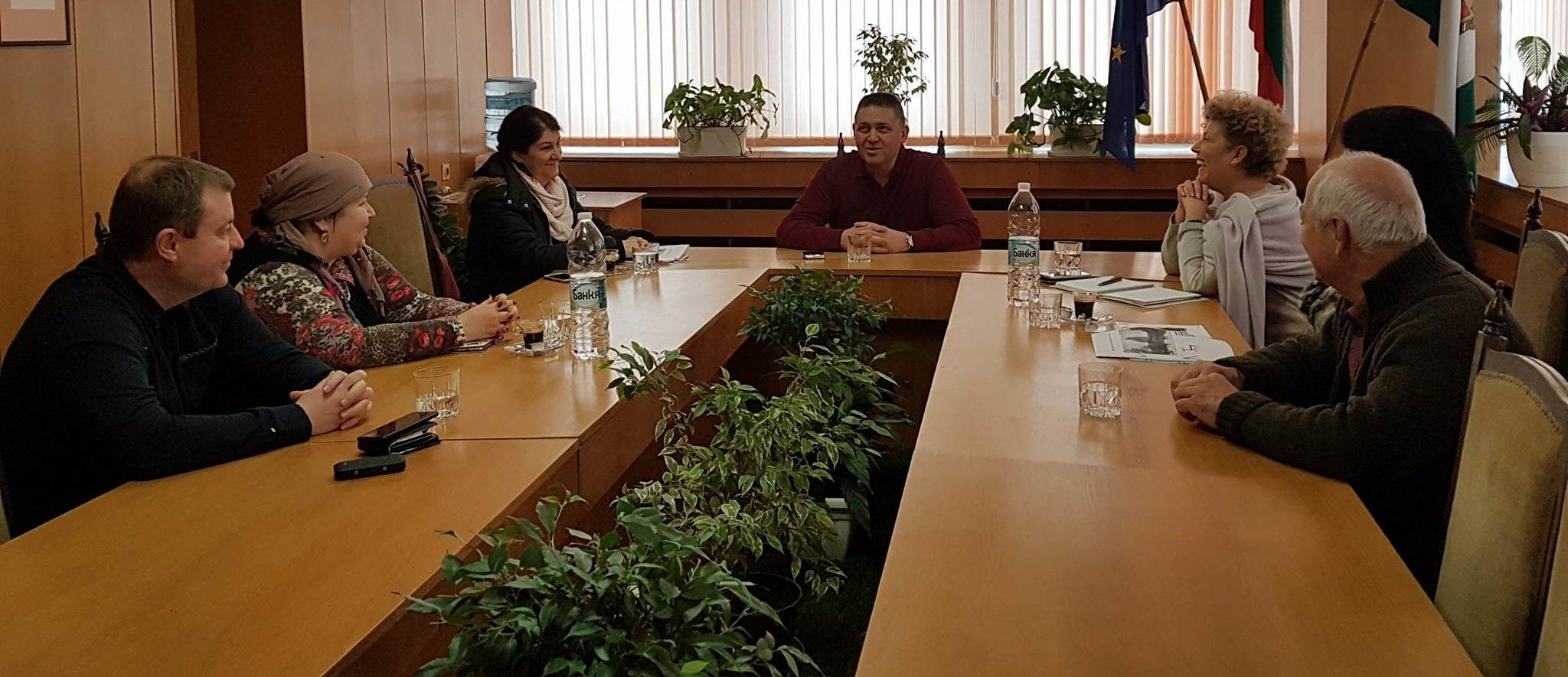 """Д-р Валентин Василев се срещна с представители на """"Аме ..."""