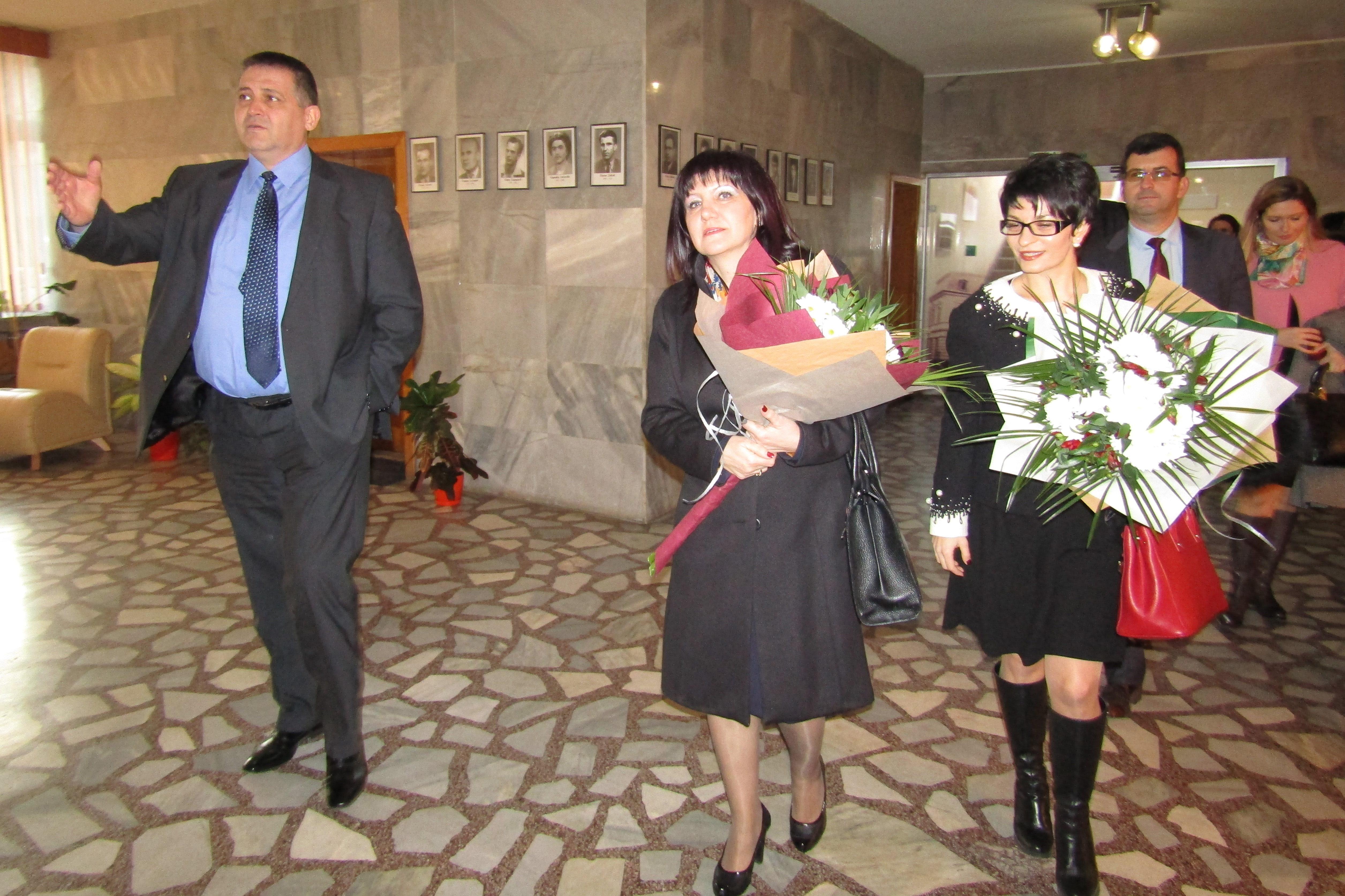 Кметът на Разград посрещна Председателя на Народното � ...