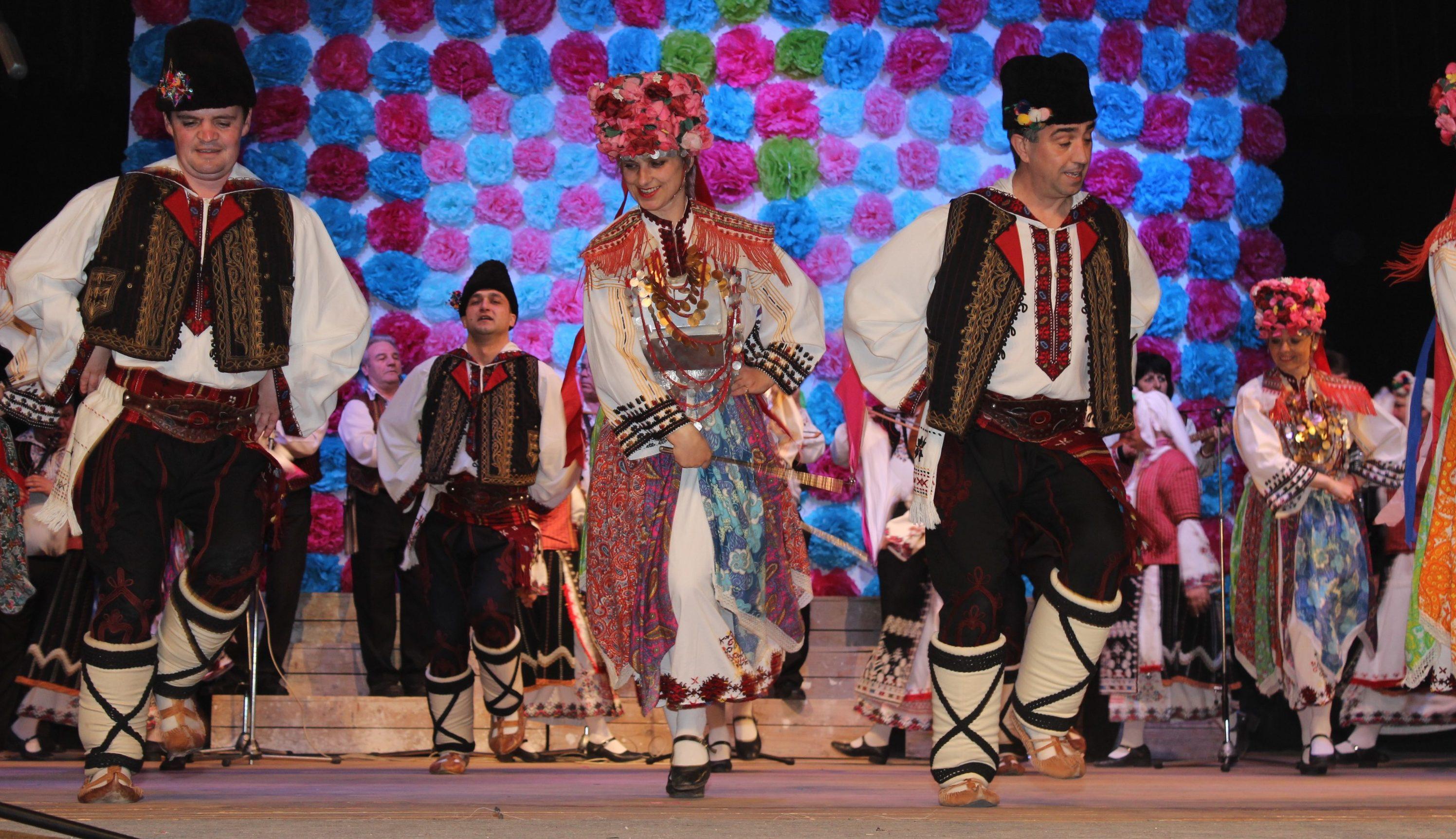 На Първа пролет Капанският ансамбъл гостува в Угърчин