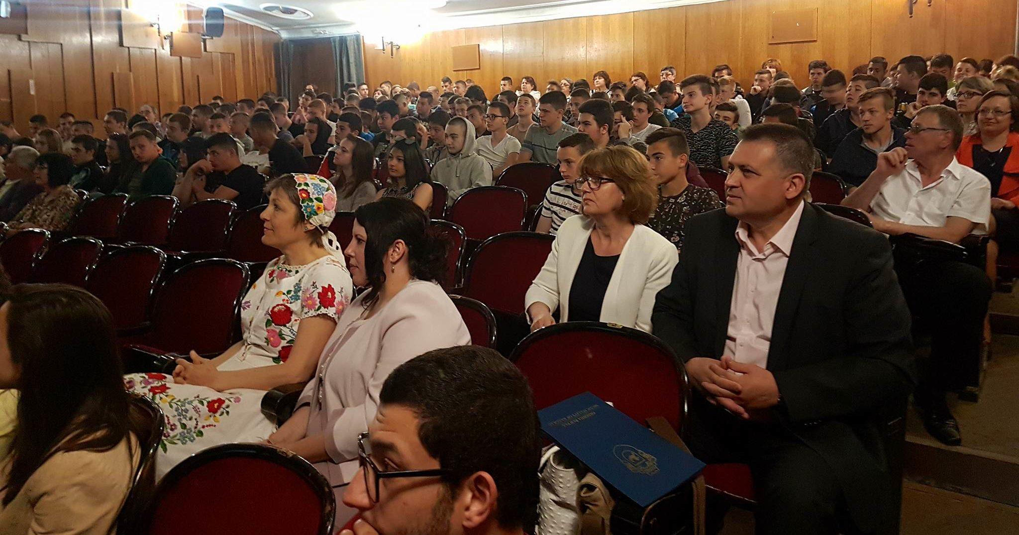 Кметът на Разград бе гост на патронния празник на НПТГ  ...