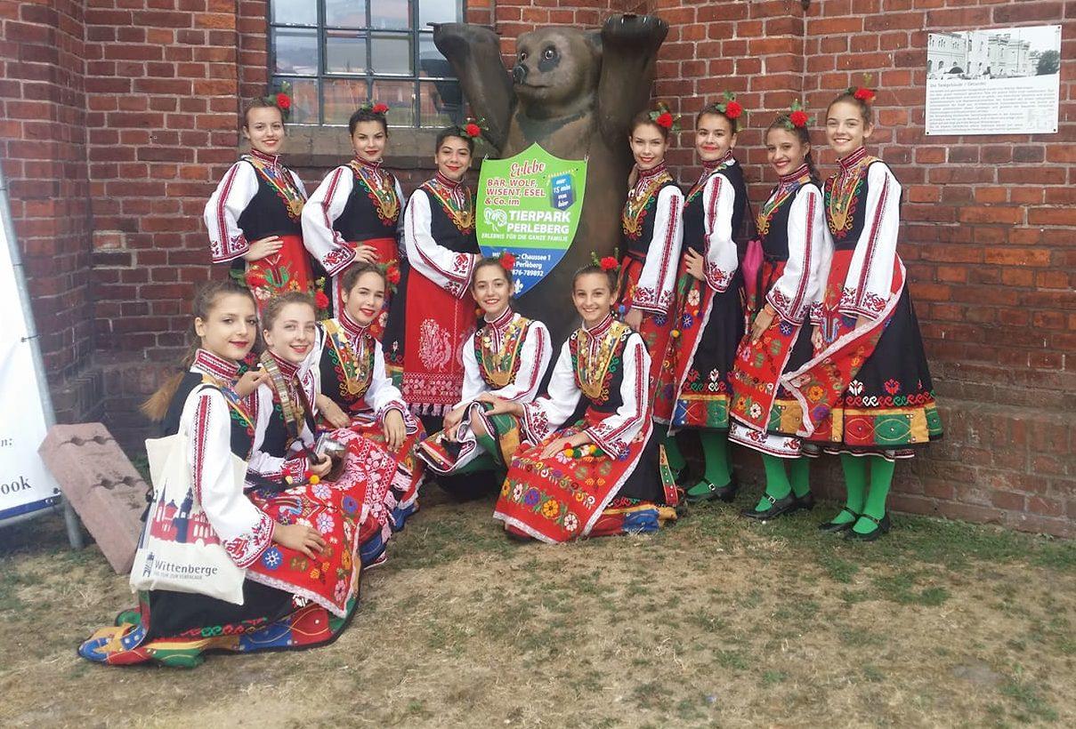 """Детска танцова школа """"Хорце"""" да участва в празника на ..."""